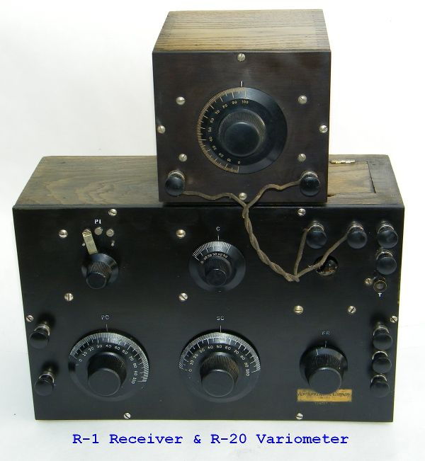 This picture shows the R-20 Variometer hooked up to the R-1 Receiver.
