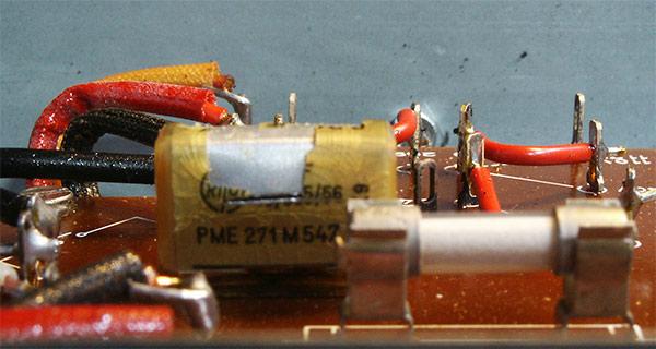 dual cv1600 stereo amplifier kondensator explodiert. Black Bedroom Furniture Sets. Home Design Ideas