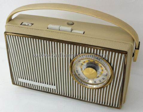 Tramp Junior L62; AEG Radios Allg. (ID = 2377946) Radio
