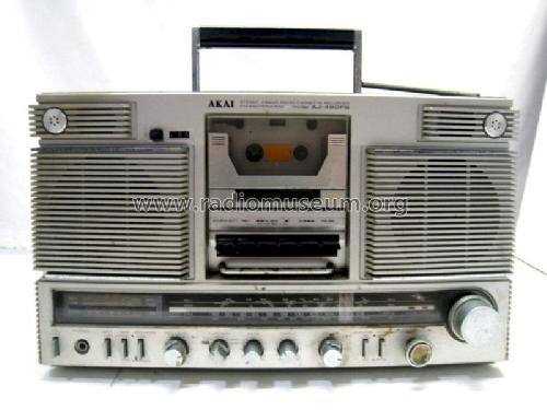 4 Band Radio Cassette Recorder AJ-490FS; Akai Electric Co., (ID = 1360725) Radio