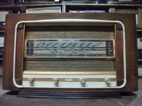 A24A; Atlantic; Paris (ID = 1166551) Radio