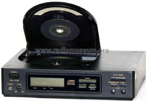 CD-8300; AudioTon Electronics (ID = 1049787) R-Player