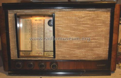 Radiobell 540 ; Bell Telephone (ID = 1399874) Radio