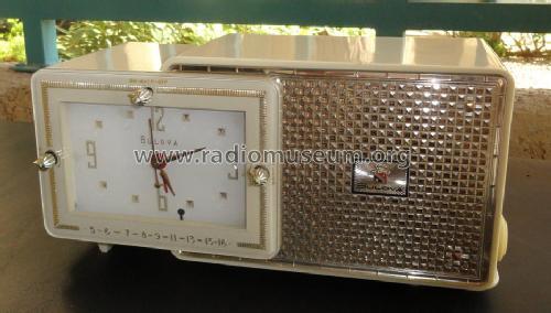 Radio 1950 1950s Clock Radio Bulova Watch