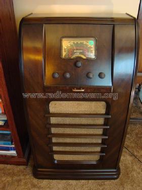 823X Radio Canadian Westinghouse, Hamilton, build on