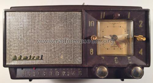 5L32X ; Canadian Admiral Co. (ID = 2090994) Radio