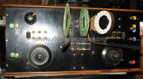 4-tube Receiver before 1930; CONSTRUCTION AMATEUR (ID = 670987) Radio