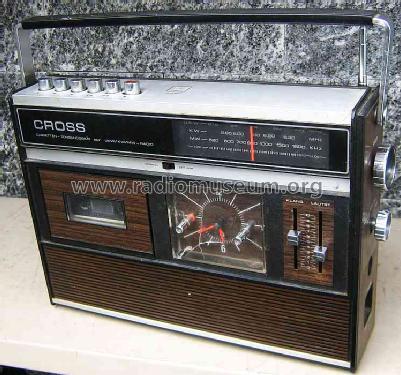 radio kassetten recorder mit uhr 2400fas radio cross electro. Black Bedroom Furniture Sets. Home Design Ideas