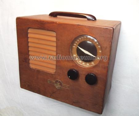 427 ch fu radio emerson radio phonograph corp new york. Black Bedroom Furniture Sets. Home Design Ideas