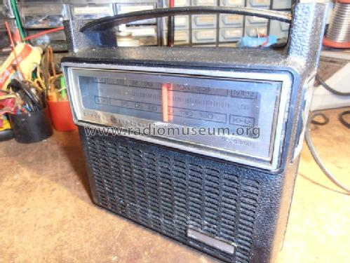EE7-2810 F; General Electric (ID = 1254524) Radio