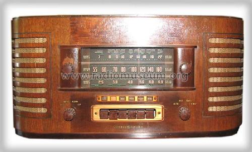 J-71 ; General Electric Co. (ID = 331688) Radio