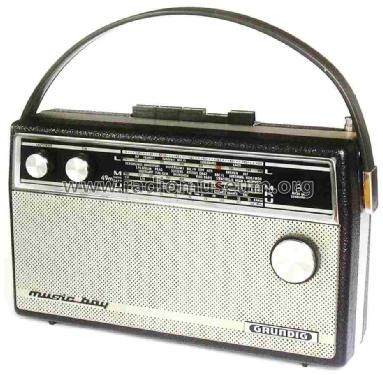Music-Boy 205; Grundig Radio- (ID = 1088633) Radio