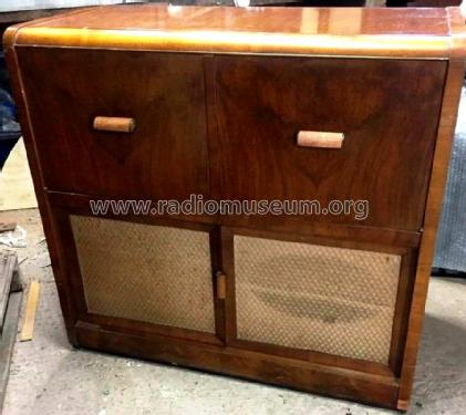 Auto-Radiogram 1614; His Master's Voice (ID = 2398174) Radio