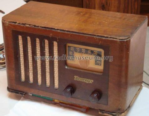 Messenger M341 DMB51-417 Radio Hudson's Bay Company, The