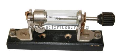 Crystal detector