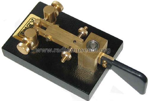 Single paddle morse key