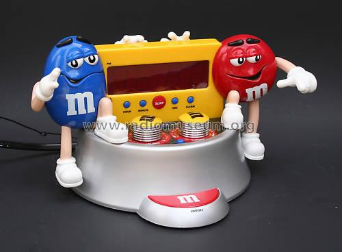 AM/FM Alarm Clock Radio ; M&M's World® (ID = 1030252) Radio