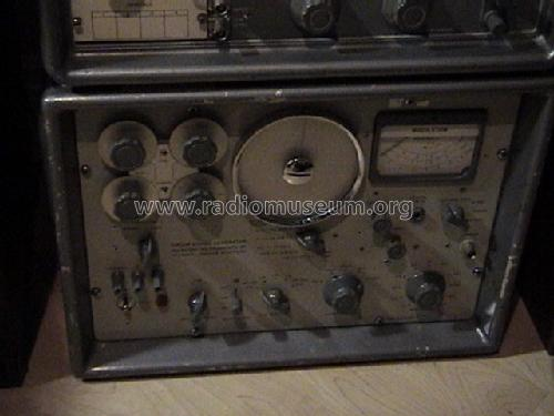 AM/FM Signal generator TF995A/5; Marconi Instruments (ID = 161141) Equipment