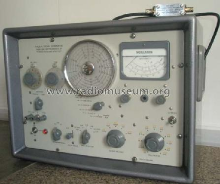 FM/AM Signal Generator TF 995A/2M; Marconi Instruments (ID = 476129) Equipment