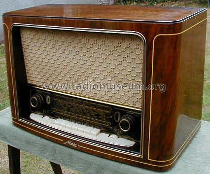208WF Radio Metz Transformatoren- und Apparatefabrik ex TAM,