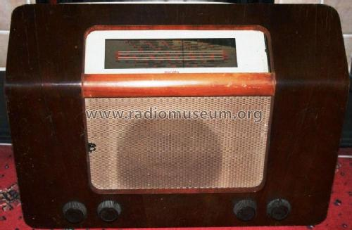 A168; Murphy Radio Ltd.; (ID = 2059325) Radio