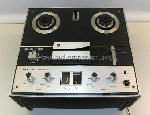 Stereo Phonic Four Track Solid State RS-760S R-Player Panaso