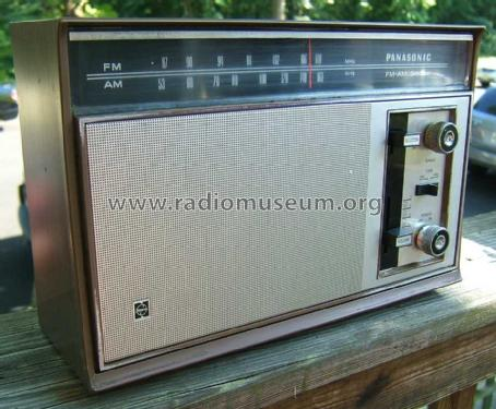 FM-AM 2-Band Solid State RE-7329; Panasonic, (ID = 1483593) Radio