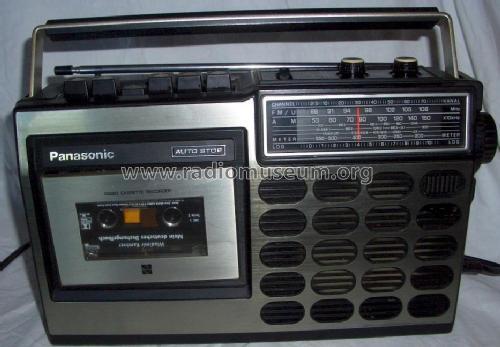 Le GX80 arrive. - Page 3 Radio_cassette_recorder_rq_517a_1005901