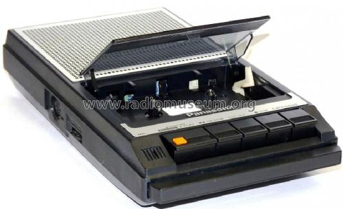 Panasonic Slim Line Portable Cassette Tape Recorder RQ-2734; Panasonic, (ID = 706219) R-Player