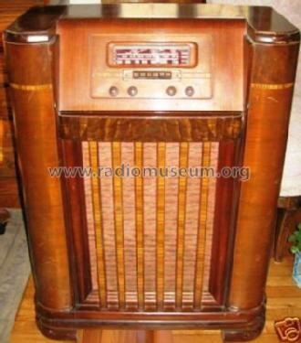 42 1008p Radio Phonograph Philco