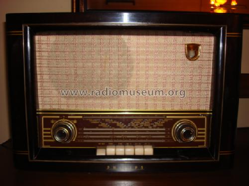 BE-652-A; Philips Ibérica, (ID = 327879) Radio