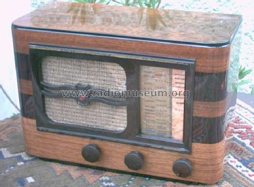 A44U; Philips France; (ID = 243608) Radio