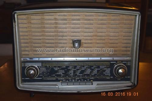 B4F70A; Philips France; (ID = 1972782) Radio