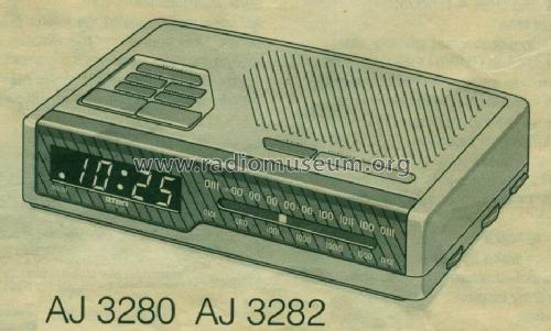 AJ 3282; Philips Hong Kong (ID = 580496) Radio
