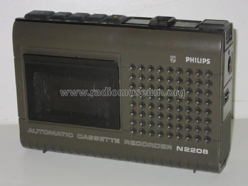 https://www.radiomuseum.org/images/radio/philips_osterreich/automatic_cassette_recorder_lucky_2197011.jpg