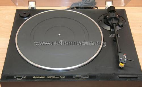 Auto-Return Stereo Turntable PL-225; Pioneer Corporation; (ID = 2168508) R-Player