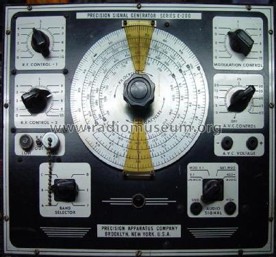 Precision Apparatus Co Model E-200-C Signal Generator
