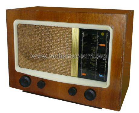 15A; Pye Ltd., Radio (ID = 2300219) Radio