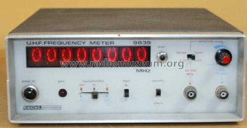 UHF Frequency Meter 9839; Racal Engineering (ID = 2464977) Equipment