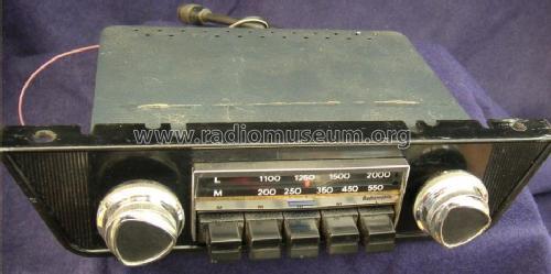1070 Car Radio Radiomobile Ltd Cricklewood Works London