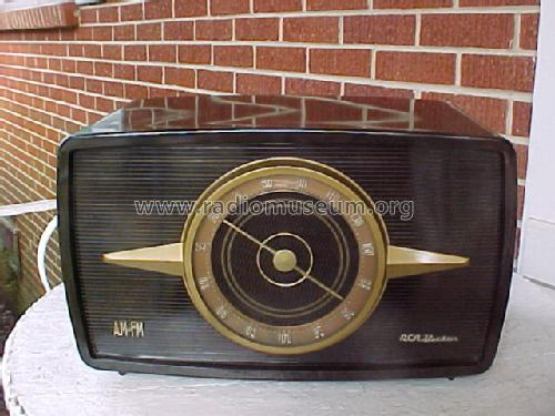 1R81 'Livingston' Ch= RC-1102; RCA RCA Victor Co. (ID = 102315) Radio