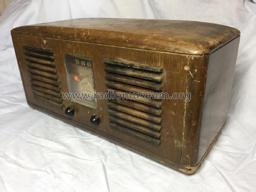 55X Ch= RC-1003C Radio RCA RCA Victor Co. Inc.; New York NY,