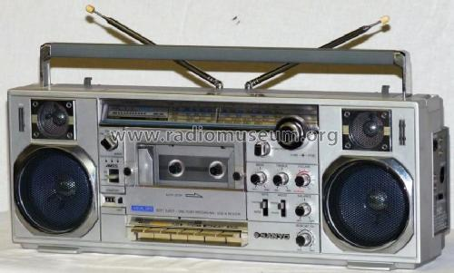 Mini & Slim M-7900LU; Sanyo Electric Co. (ID = 766767) Radio