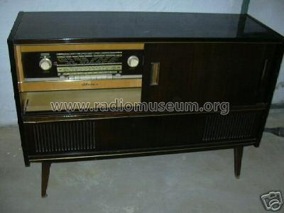 Truhe goldsuper stereo 40 ch 22110 11 radio schaub und sch for Dieter schaub