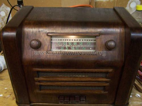 Silvertone 1661 Ch= 110.414 ; Sears, Roebuck & Co. (ID = 914999) Radio
