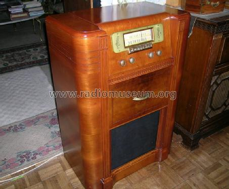 Sears Silvertone Console Radio Record Player