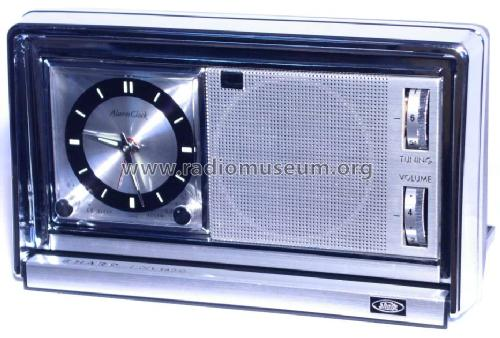 Clock Radio BPC-12; Sharp; Osaka (ID = 689198) Radio