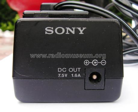 AC Power Adaptor AC-V33; Sony Corporation; (ID = 1030633) Power-S