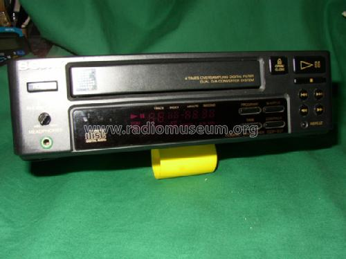 Compact Disc Player CDP-S37; Sony Corporation; (ID = 769536) R-Player