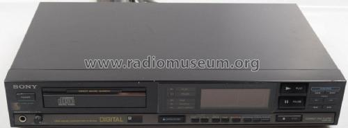 Compact Disc Player CDP-55; Sony Corporation; (ID = 2076278) R-Player